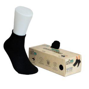 קופסת 28 זוגות גרבי ילדים פוליז, צבע שחור