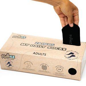 קופסת 28 זוגות גרבי בוגרים פוליז, צבע שחור